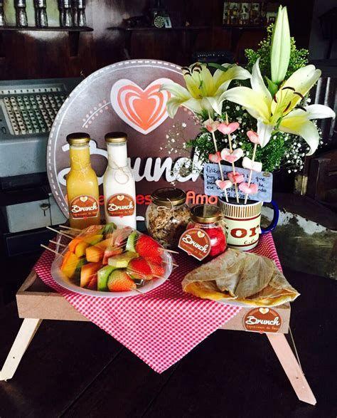 Breakfast Basket, Breakfast In Bed, Breakfast Ideas, Nutella Cream Cheese, Birthday Surprise For Husband, Romantic Breakfast, Valentines Breakfast, Best Cinnamon Rolls, Brunch