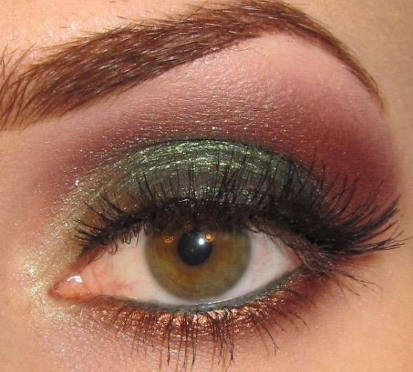 how to make up eyeshadow, Holiday eye makeup tricks , holiday eye makeup tipS, holiday makeup look ,make up for holiday-02