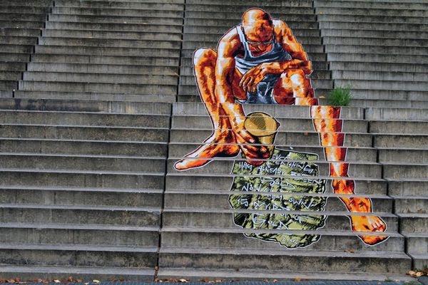 Zwischen der Fritz-Riedel-Straße und dem S-Bahnhof Landsberger Allee in Prenzlauer Berg hat Gerd Bölle diese Treppen-Street-Art entdeckt. Liebe Leserinnen, liebe Leser: Senden Sie uns Ihre Berliner Street-Art-Fotos an leserbilder@tagesspiegel.de Foto: Gerd Bölle