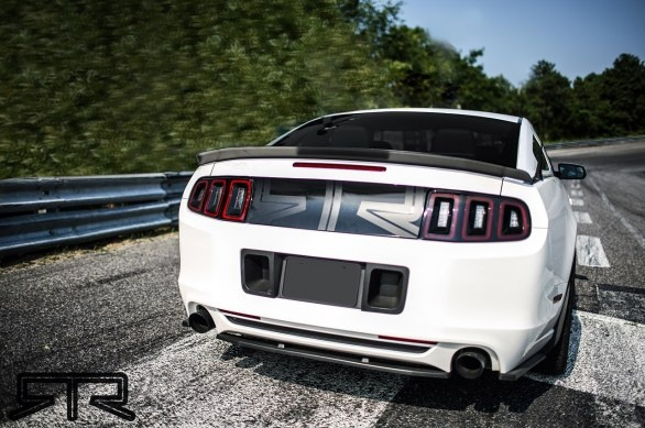 New Ford Mustang RTR for drift! If you whant to see other pictures and video, click on -> http://www.siteauto.ro/masini-modificate/noul-ford-mustang-rtr