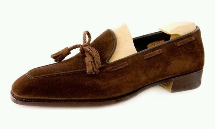 Suedes shoe