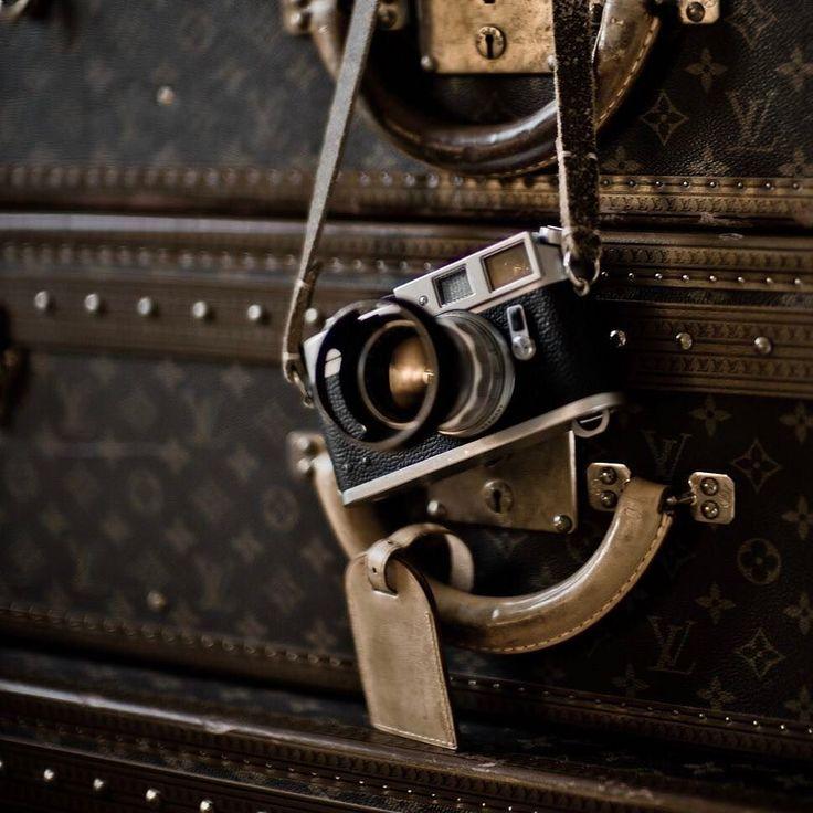 #leica #m4 #adventure and #travel by #photographer #thorstenovergaard #louisvuitton #thrunks #filmcamera #summicron #kodak @tieherupstraps #tieherup #camera #strap