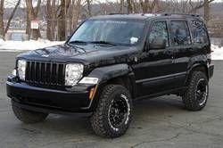 Jeep Liberty... I want those tire.