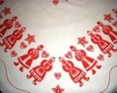 vintage tablecloth ... RED PENSYLVANIA DUTCH PEOPLE TABLECLOTH ...