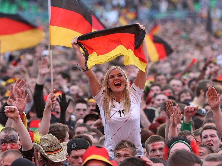 german-fans-feverish-as-world-cup-final-becomes-nailbiter-1405284044-2659.jpg (1000×750)