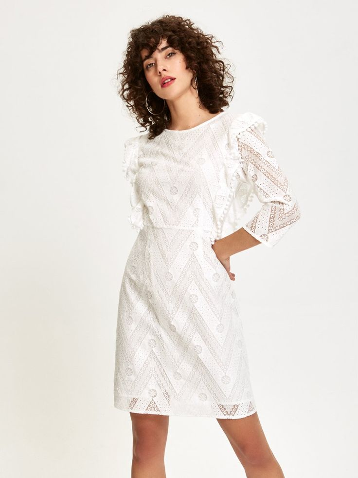 MIOH - PERLA - Vestido Corto de Encaje Blanco para invitada de boda, fiesta y toda clase de eventos #vestidos #boda #invitada #fiesta #evento #streetstyle #2018 #tendencia #corto #encaje #bordado