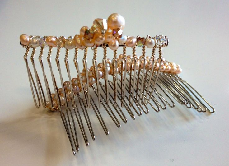 Hair combs for your wedding day!  www.thebead.co.uk