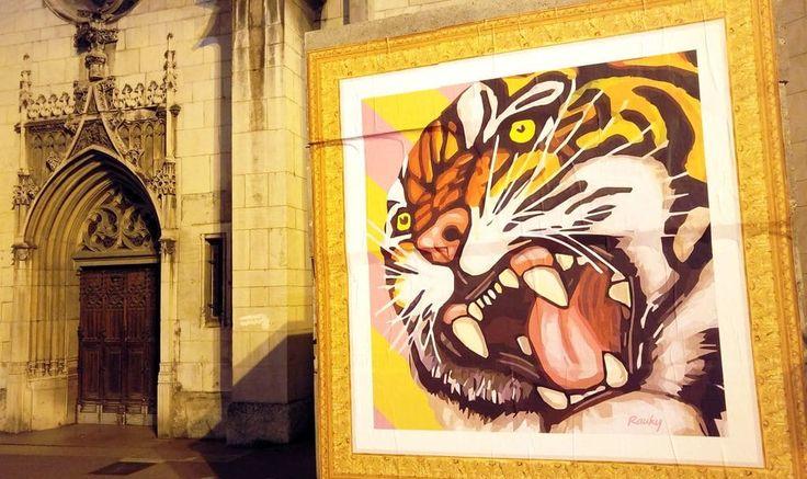happycurio rauky article street art affiche collee rues de lyon