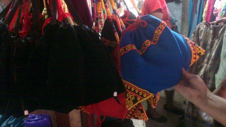 Sepu'. Toraja traditional bag, made from Tenun (woven cloth) and beads