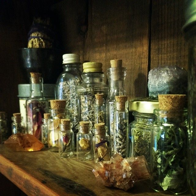 Witches Brew Herb Jars R 228 Ucherschale Hexen Und