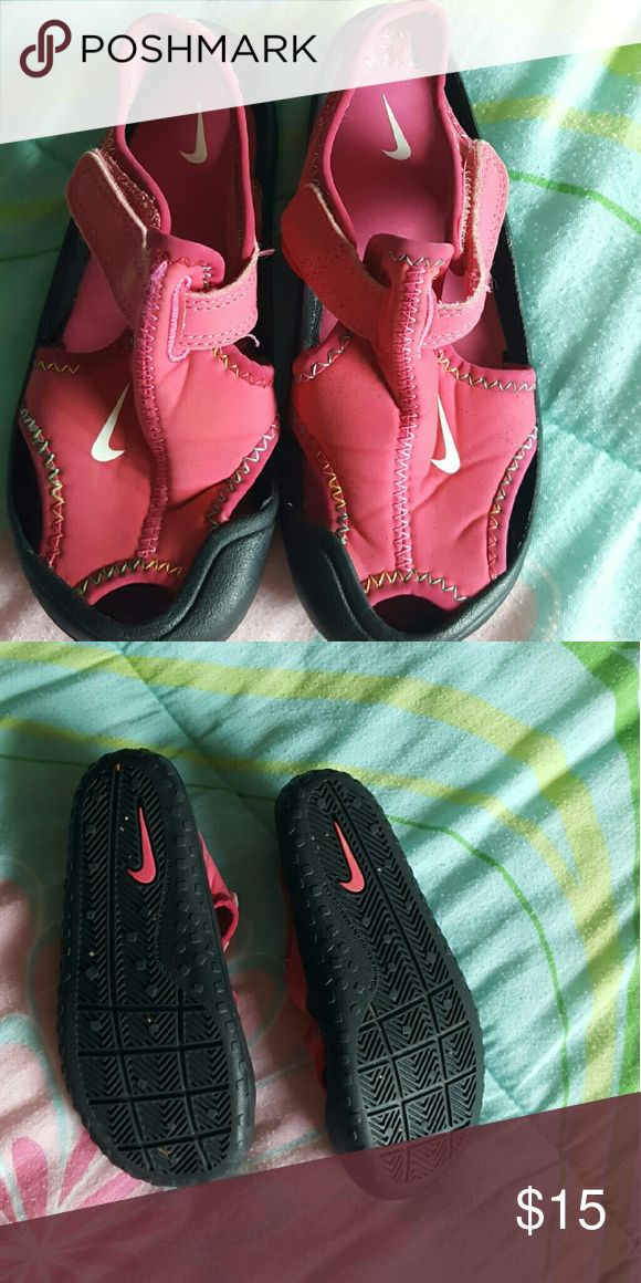 Nike Water shoes Excellent Condition!! Nike Shoes Water Shoes