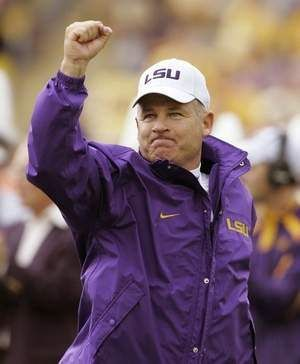LSU's Les Miles gave some advice (AP) ~ Check this out too ~ RollTideWarEagle.com sports stories that inform and entertain and Train Deck to learn the rules of the game you love. #Collegefootball Let us know what you think. #LSU