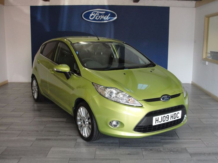 Ford Fiesta 1.4 Titanium 5dr Hatchback Petrol Green & Best 25+ Ford fiesta hatchback ideas on Pinterest | Ford fiesta ... markmcfarlin.com