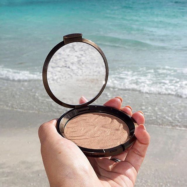 Travel to the coast of Italy with the sun-kissed glow of Sunlit Bronzer in Capri Coast! Specifically designed for light to medium skin tones, sweep this warm golden-brown bronzer all over your face for a soft, radiant #BECCABronze! Available at @UltaBeauty. #Repost from @beautylookbook.  .  .  .  .  .  .  .  .  #Bronze #Bronzed #Bronzer #SunKissedSkin #BronzedBeauty