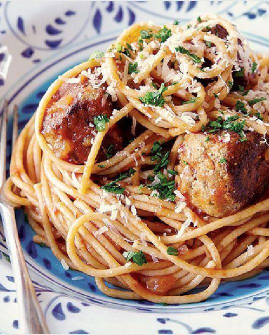 Low FODMAP Recipe and Gluten Free Recipe - Turkey meatballs with spaghetti and tomato sauce