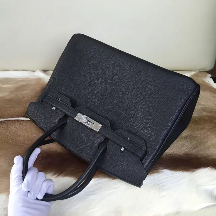 100% handmade Hermes birkin leather handbag, please contact us if you want.