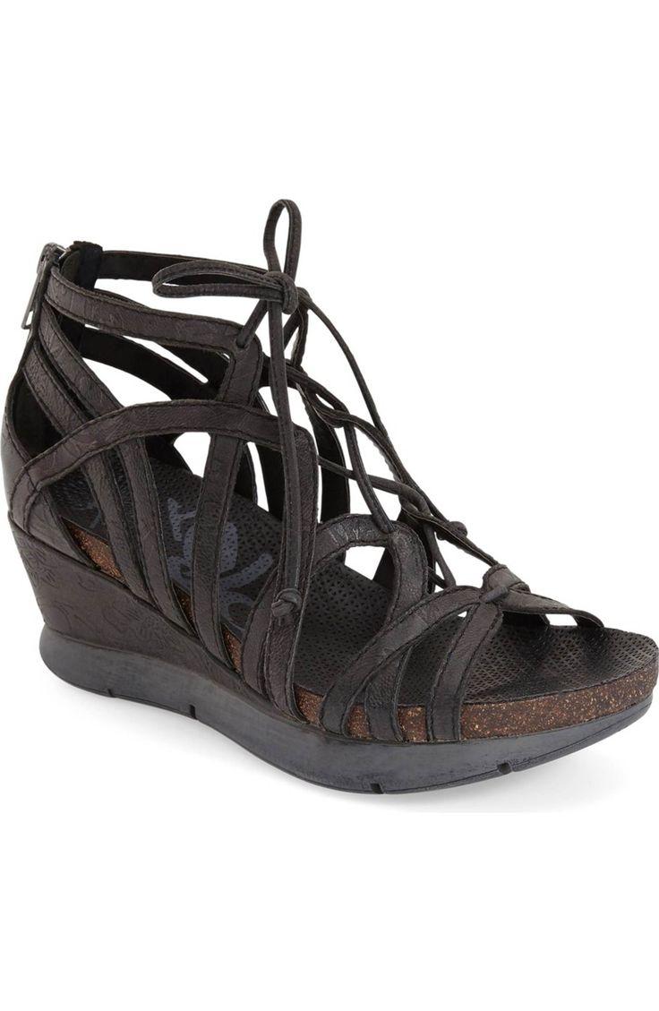 'Nomadic' Sandal