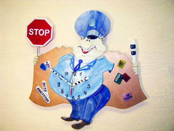 Часы настенные полицейский милиционер ГАИшник веселый Подарок сотруднику коллеге Декор кабинета прихожей гостинной Фьюзинг Юмор коррупция