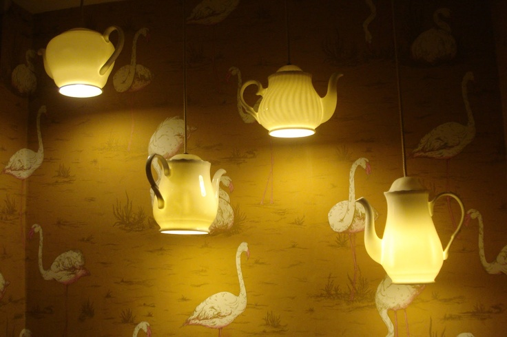 Love the teapot lights & funky flamingo wall paper:)