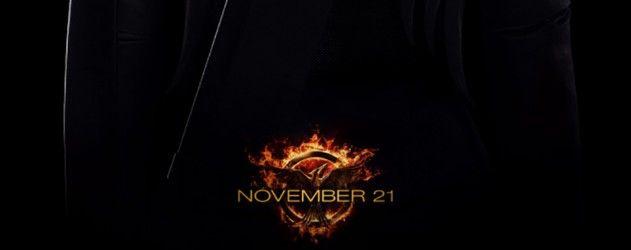 Découvrez la première affiche de Katniss dans son costume de Geai Moqueur pour #HungerGames3 #LaRevolte