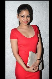 Sumona Chakravati who plays Kapil Sharma's wife in Comedy nights with Kapil will now be seen playing the role of a rockstar in Bindass channel's show Yeh Hai Aashiqui.