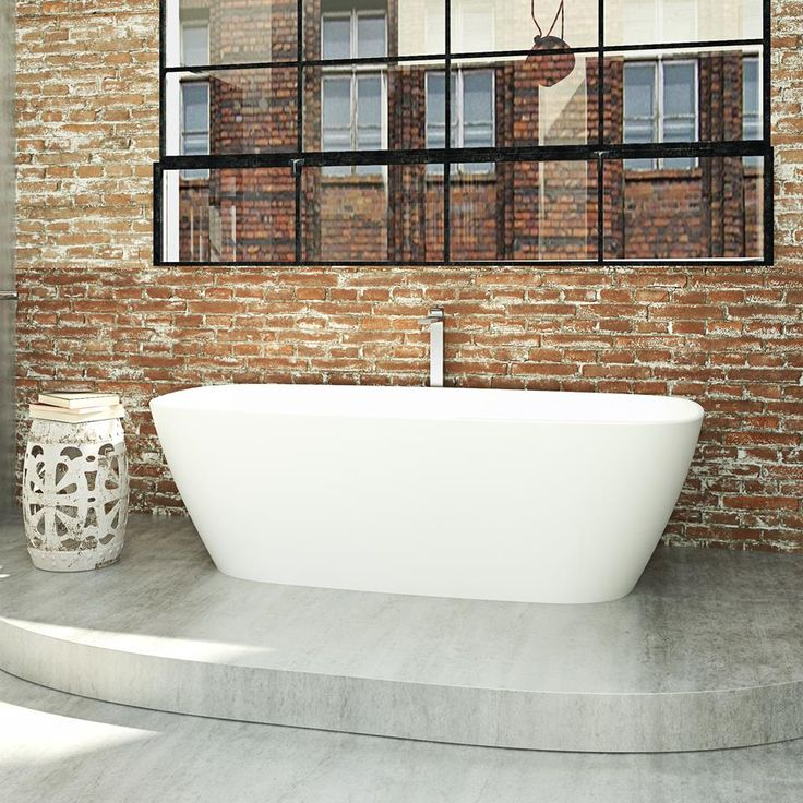 Love this new Caroma bath. I'll be recommending this to a client I'm currently working with. It's just the right shape. #caroma #bathroom #bathroomdesigncanberra