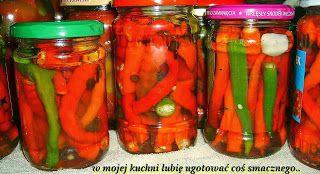 W Mojej Kuchni Lubię..: marynowane papryczki chilli na zimę...