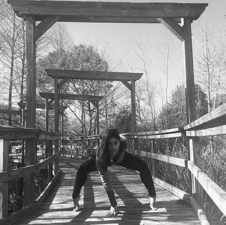 UTKATA KONASANA | GODDESS POSE... #Asana #Namaste #YogaPlay #Yogi #YogaChallenge #Strength #YogaFlow #PracticeAndAllIsComing #IGYoga #Yoga #Flexibility #YogaEveryday #Fitness #YogaEverywhere #Balance #YogaPractice #YogaInspiration #Practice #YogaLife #CrazySexyYoga #YogaLove #Yogini #YogaJourney #SelfTaughtYogi
