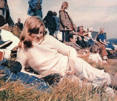 Young Princess Diana - princess-diana-tribute-page Photo