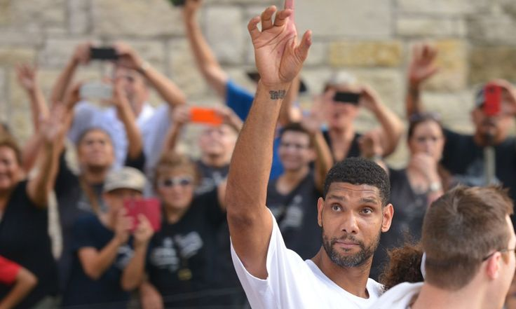 Tim Duncan was the last of an era in college basketball = Should Tim Duncan announce his retirement from the NBA this week, as some expect him to, the final active link to college basketball's last golden age leaves.  Duncan went from Wake Forest to the San Antonio Spurs, his.....