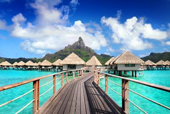 Le Meridien Bora Bora - This place looks amazing! I think I might like to stay here.... How about you?