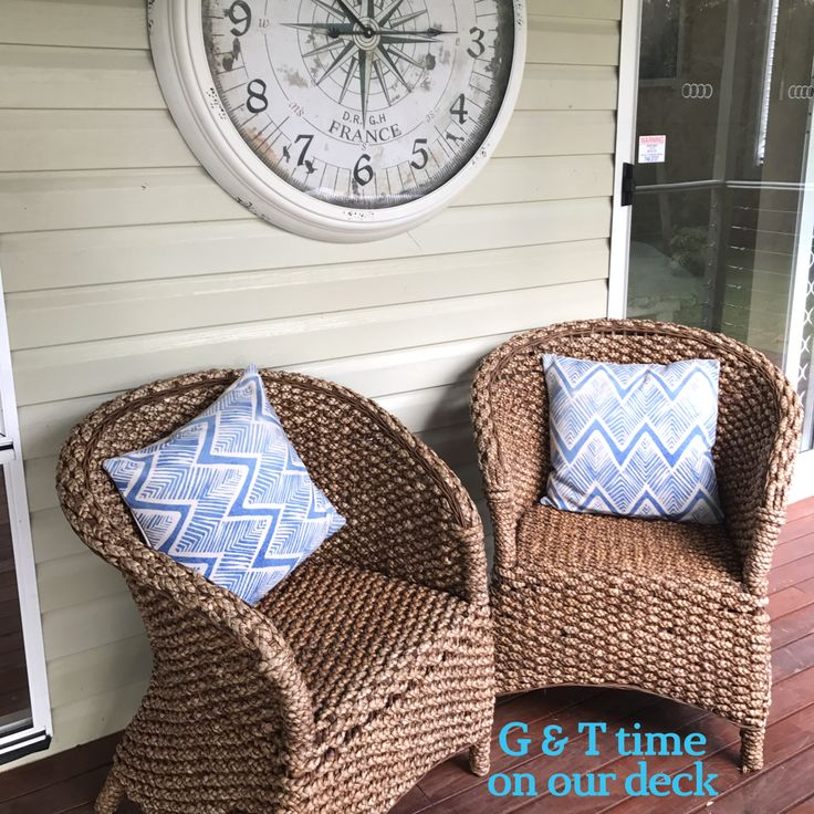 Water hyacinth arm chairs set the mood for relaxing afternoons on the deck looking at the water of Currumbene Creek.