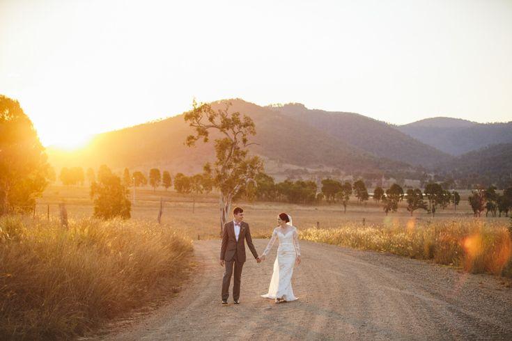 Toni and Tom. Sommerset Dam wedding
