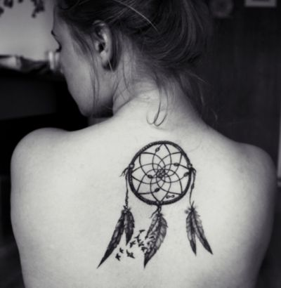 dreamcatcher tattoo love the birds flying out of the feather tattoo ideas pinterest. Black Bedroom Furniture Sets. Home Design Ideas
