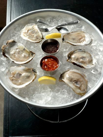 APHRODISIAC DINNER RECIPES | 17 delicious and fail-proof recipes for Valentine's Day - raw oysters