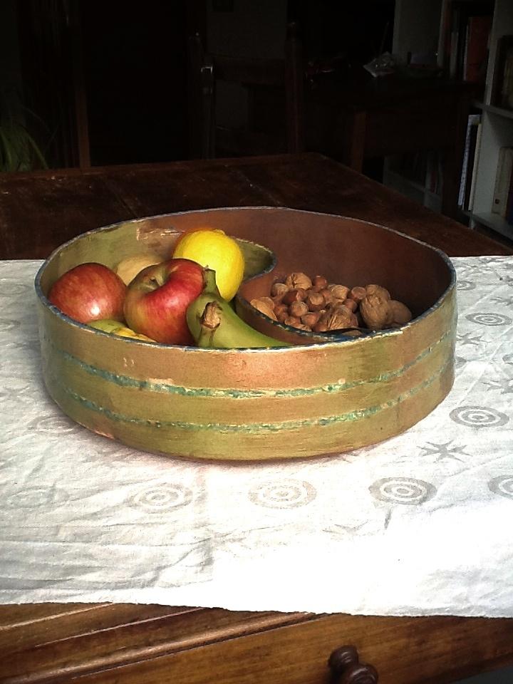P. Mazzotti, Ciotolona per frutta, ceramica monocottura, 2013