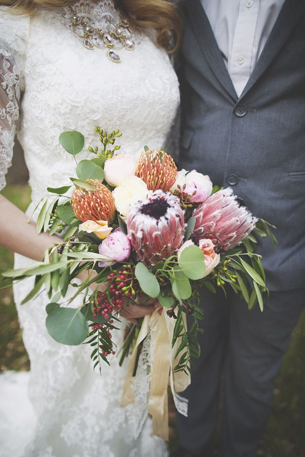 Bohemian Woodlands Inspiration See More: http://thebridaldetective.com/bohemian-woodlands-wedding-inspiration/