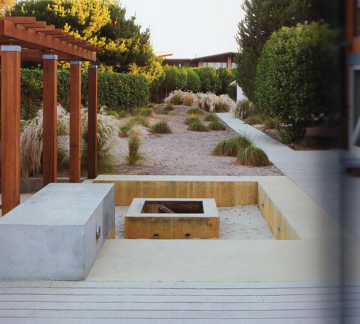 Concrete rendered fire pit