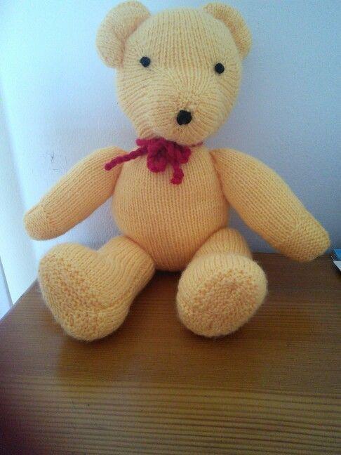 Knitted teddy - Jean Greenhowe design