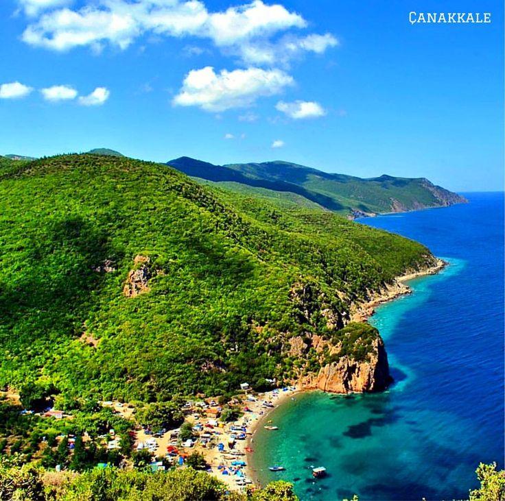 土耳其西部恰納卡萊附近晴美的海岸景觀。 ©emre.sinan