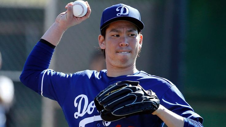 Kenta Maeda offers flashes of Hideo Nomo in bullpen session