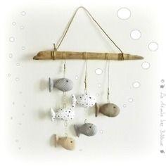 D coration murale poissons tissus gris et for Bricolage mobile en bois flotte