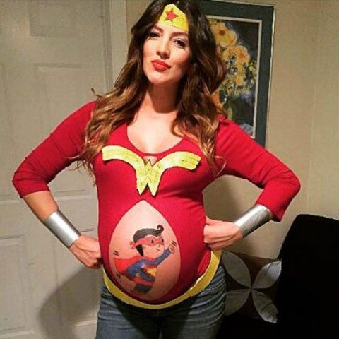 28 hilarious and easy pregnancy costumes to help you win halloween - Pregnant Halloween Couples Costumes