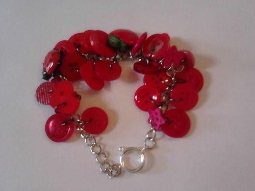 Red button bracelet - 8 pounds