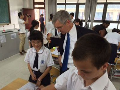 President's Blog: Dr. Becker Talking with students in a math class in Guangdong Overseas Chinese High School. #President #MarkBecker #GSU #GeorgiaState #ATL #Atlanta #GaState #Overseas #China #math