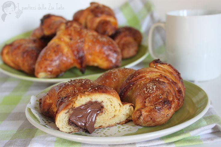 Croissant+-+ricetta+semplice+cornetti+sfogliati