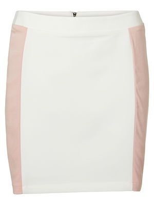 Go back to school in style with this cute mini skirt from VERO MODA. #veromoda #skirt #fashion #study #style