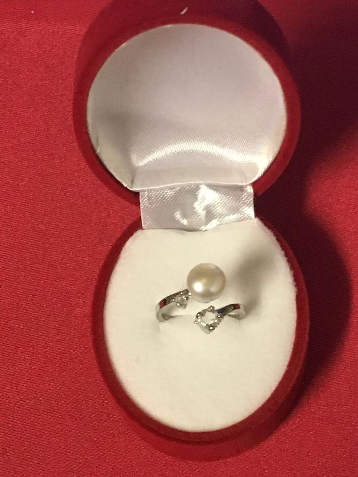 FRESHWATER WHITE PEARL &  CRYSTAL RING setting 925 STERLING SILVER.  #sydneydragonfly #Wrap