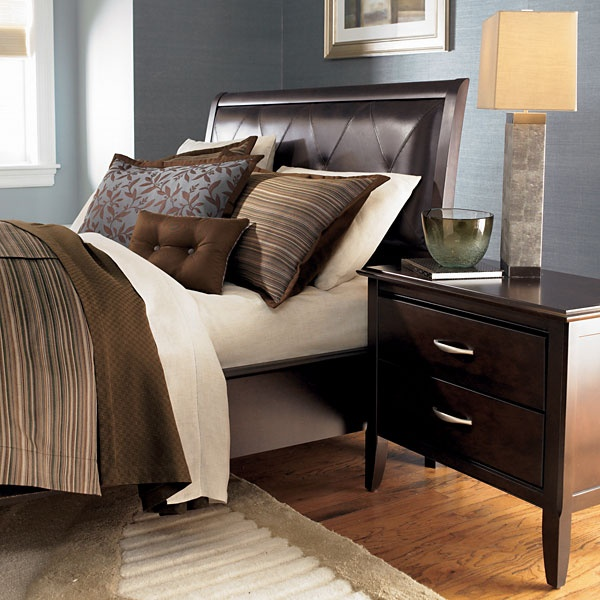 5th avenue nightstand at d noblin furniture bedroom for Furniture 5th avenue