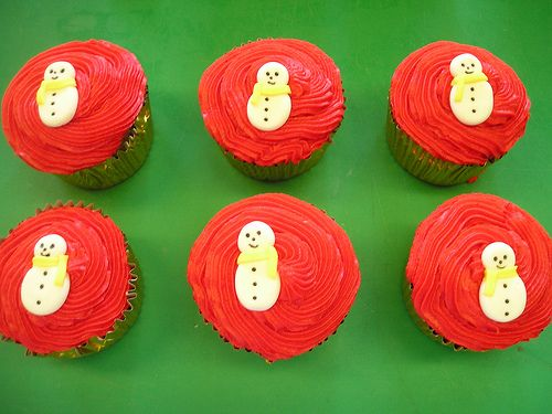 #Christmas #cupcakes from Cannaboe. www.cacamilis.ie 0719644778